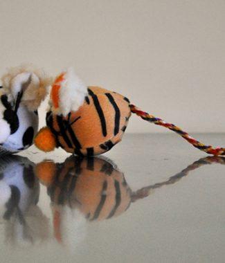 Egér formájú játék macskáknak (plüss)